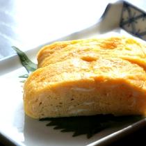 【朝食一例】新鮮卵を使ったふわふわの卵焼きです。