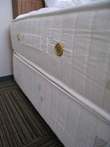 サータ社製ベッド
