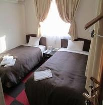 ベッドは110cm幅★ツインルーム