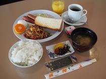 無料朝食サービス(6:30~9:00)