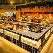 ■ダイニングスクエア「ジ・アトリウム」ライブキッチン&料理台