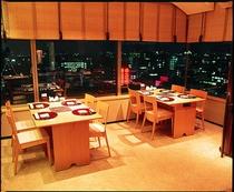 椿山荘 夜景が見える個室