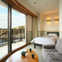 露天風呂付客室(和室二間+コーナーベッド)