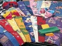 女性用色浴衣の一例