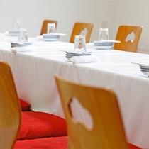 セミナー研修などグループの夕食スタイル例