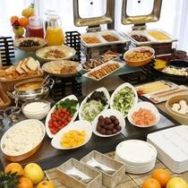 健康サプリメントも楽しめる朝食ビュッフェ