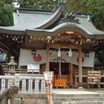 温泉神社:大己貴命、少彦名命、熊野久須美命が祀られ、有馬の氏神、温泉の守護神として崇敬されている