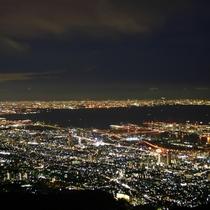 六甲山の夜景 百万ドルの夜景がお楽しみいただけます(東六甲展望台 当館から車で15分)