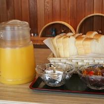 *【朝食例】パンもご用意しております!