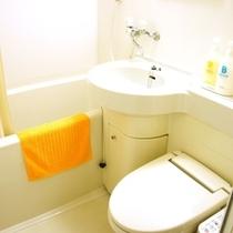 全室ユニットバス完備。シャワートイレあり。