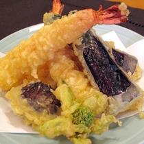 料理長の得意料理、天ぷら
