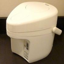 ポット(全室完備)◆コーヒーやスープなど暖かい物のご利用にお役立て下さい。