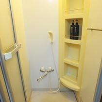 *シャワー室/アメニティ完備のシャワー室