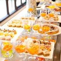 *デザート一例/とにかく種類が豊富なスイーツは女性に大人気!
