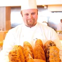 *ご朝食一例/朝食で元気をチャージ!!焼きたてのパンもおすすめ!