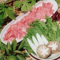 夕食一例(コース料理・熊本産和牛)
