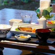 和食?洋食?選べる朝食≪写真は和食≫