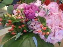 ロビーの花6月