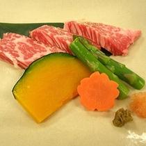 牛ヒレ石焼きステーキ