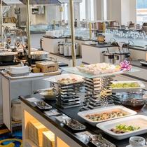 ビュッフェ一例 80種類の絶品を!和洋中の料理長の饗宴