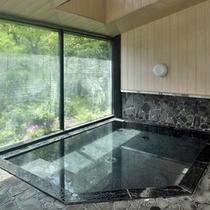 当館併設の温泉施設【おんり〜湯】。多種多様な浴槽で天然温泉をお愉しみいただけます。