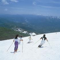 月山 夏スキー