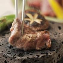 日本料理『こころぎ』 ワインビーフ溶岩焼きイメージ