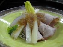 雪菜のサラダ