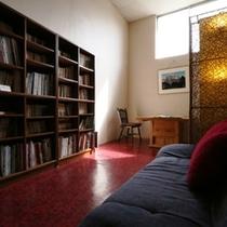 館内 図書スペース