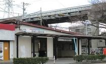最寄駅の名鉄本線 岡崎公園前駅から徒歩1分!