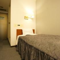 シングルルームA ベッド幅100cm 高速インターネット(有線LAN)完備☆