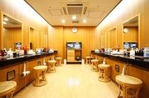 男性大浴場 化粧室