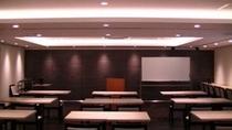 2F会議室(スクール形式)