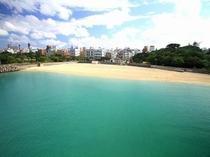 那覇市唯一のビーチ 波の上ビーチ