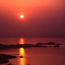 瀬戸内に沈む夕陽■