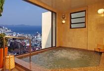 新館展望風呂【黄金の湯】ジャグジー