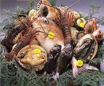 伊勢えび、鮑、鯛に、平目それから・・・新鮮な海幸でいっぱいです!