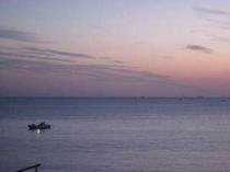 早朝の白浜海岸です