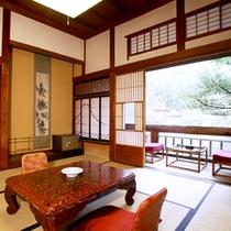 【山荘・標準】昭和の技巧を所々に感じ、自然を間近に望むお部屋