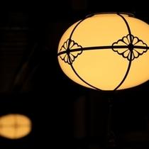 イの8通り電灯
