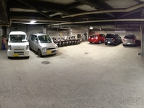 地下駐車場は雨と雪の心配がありません。