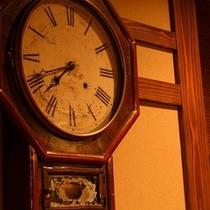 館内 時計