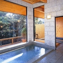 男女別浴場(本館)