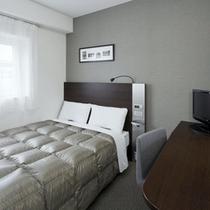 ◆ダブルエコノミー◆ベッド幅140cm◆広さ13平米◆