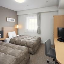 ◆ツインエコノミー◆ベッド幅123cm×2台◆広さ18平米◆