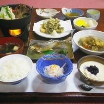 *夕食一例/こしもとの美味しいおもてなしをご賞味ください。
