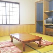 *和室8畳(トイレ有り)/和室のお部屋で、ごゆっくりと寛ぎの時間をお過ごしください。