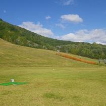 *ホワイトワールド尾瀬岩鞍(夏)/冬場はスキー客で賑わいますが、夏は「尾瀬岩鞍ゆり園」へと変わります。