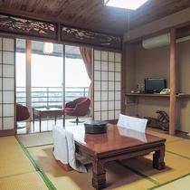 *【客室一例】眺めの良いお部屋でゆったりお寛ぎ下さい