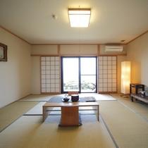 和室10畳のお部屋♪